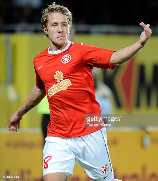 Lewis Holtby of Mainz celebrates after scoring the first goal during the Bundesliga match between FSV Mainz 05 and 1FC Koeln at Bruchweg Stadium on...