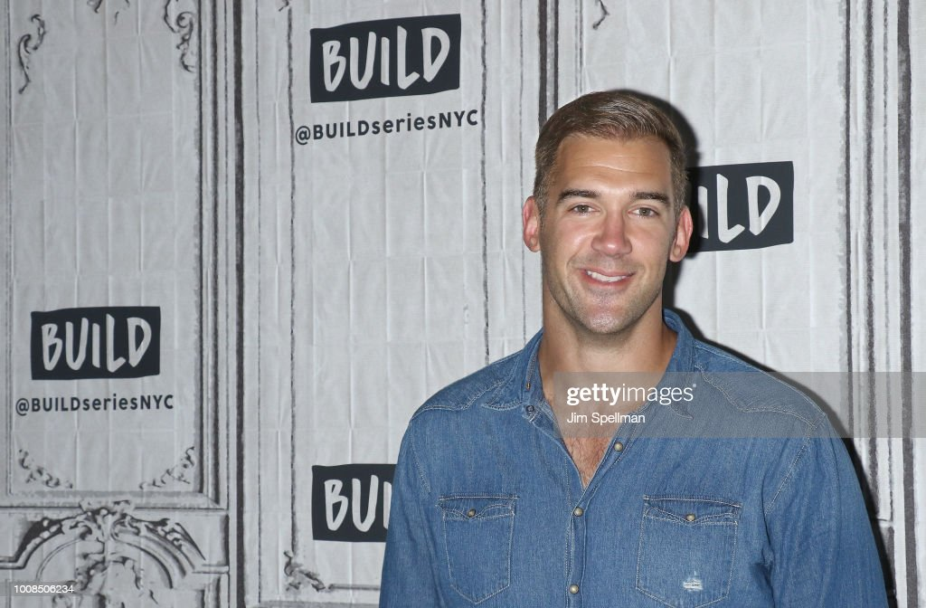 lewis howes attends the build series to discuss inspiring life with