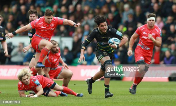 Lewis Ludlam of Northampton Saints charges upfield during the Gallagher Premiership Rugby match between Northampton Saints and Sale Sharks at...