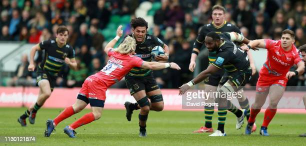 Lewis Ludlam of Northampton Saints moves past Faf de Klerk during the Gallagher Premiership Rugby match between Northampton Saints and Sale Sharks at...