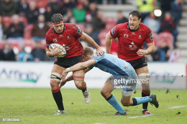 Lewis Ludlow of Gloucester in action during the AngloWelsh Cup match between Gloucester Rugby and London Irish at Kingsholm Stadium on November 11...