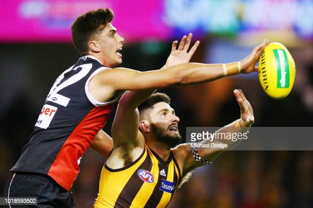Jack Steven of the Saints runs with the ball during the round 22 AFL match between the St Kilda Saints and Hawthorn Hawks at Etihad Stadium on August...