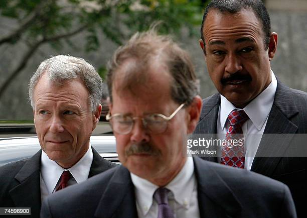 Lewis Scooter Libby and his attorneys William Jeffress Jr and Theodore Wells arrive for a hearing at the Federal Court House June 14 2007 in...