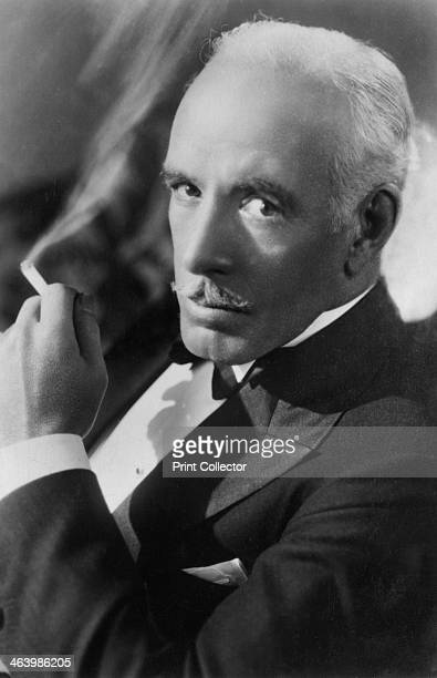 Lewis Stone American actor 20th century Stone starred with some of the biggest names in Hollywood in the 1930s including Norma Shearer John Gilbert...