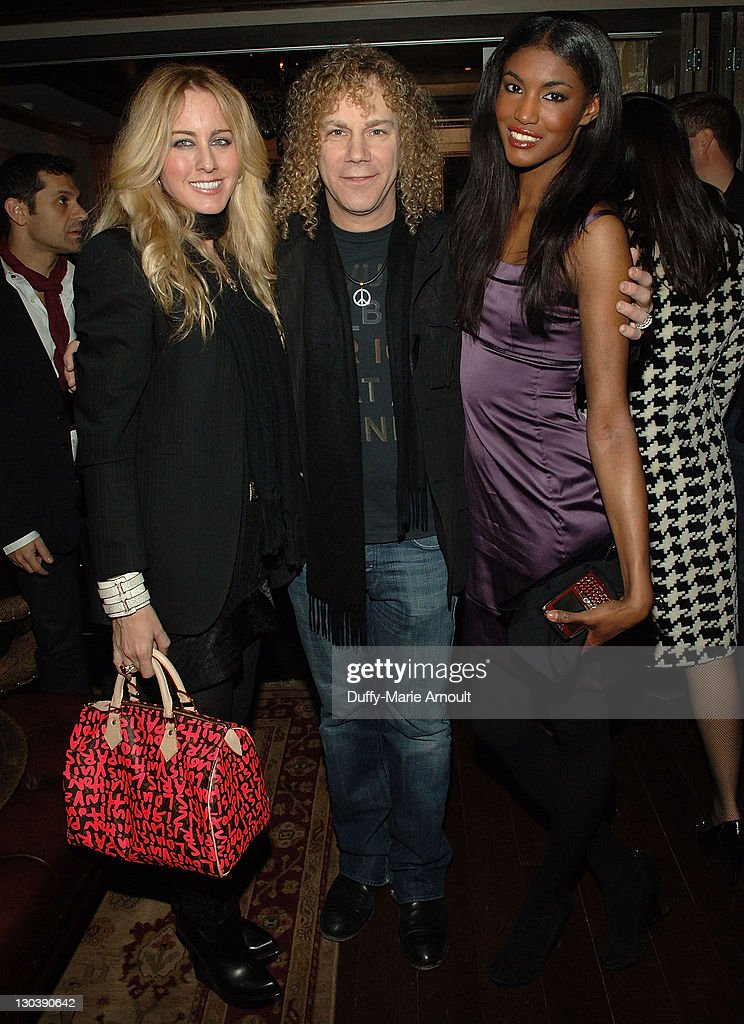 Mercedes-Benz Fashion Week Fall 2009 - Yellow Fever End of Fashion Week Party at RdV : News Photo
