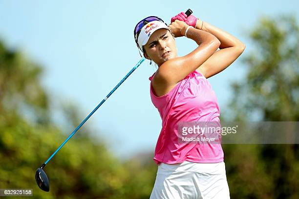 Lexi Thompson of the United States hits a tee shot on the fourth hole during round three of the Pure Silk Bahamas LPGA Classic on January 28 2017 in...