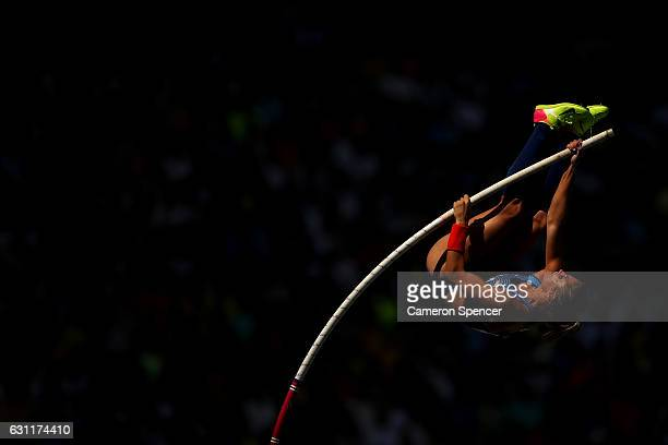 Lexi Weeks of the United States competes during the Women's Pole Vault Qualifying Round Group A on Day 11 of the Rio 2016 Olympic Games at the...