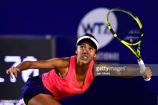 Leylah Fernandez of Canada returns the ball during the round of 16 between Sloane Stephens of USA and Leylah Fernandez of Canada on March 4 at GNP...