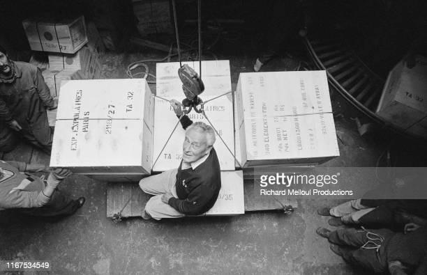 A l'âge de 74 ans l'explorateur français Paul Emile Victor vient de publier le premier tome de ses mémoires sous le titre La mansarde Ici dans son...