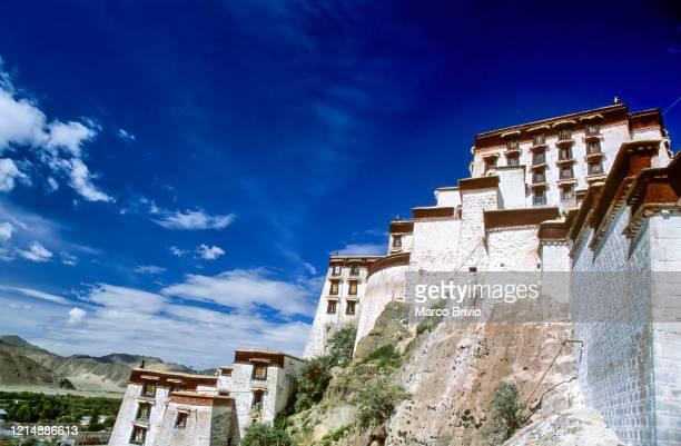lhasa tibet. potala palace - marco brivio stock pictures, royalty-free photos & images