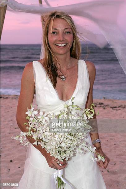 Lhotse Merriam poses for a photo after her wedding ceremony January 12 2006 on the Island of Tavarua in Fiji