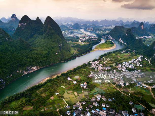 li river in yangshuo near guilin in china - karst formation stock pictures, royalty-free photos & images