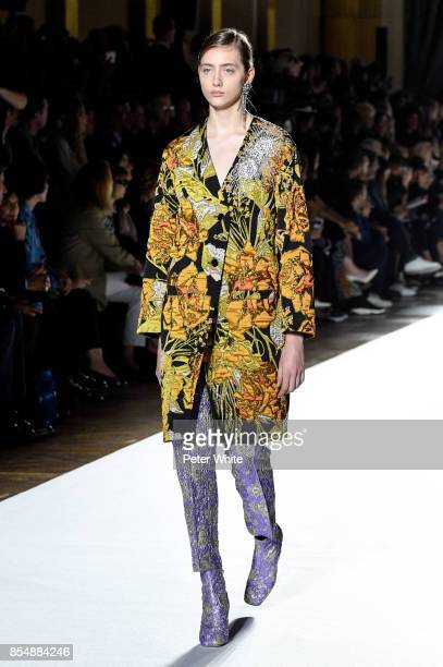 Lia Pavlova walks the runway during the Dries Van Noten show as part of the Paris Fashion Week Womenswear Spring/Summer 2018 on September 27 2017 in...
