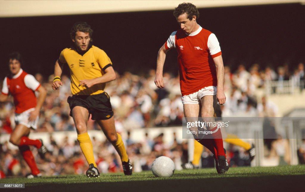 Liam Brady Arsenal v Wolverhampton Wanderers 1979 : News Photo