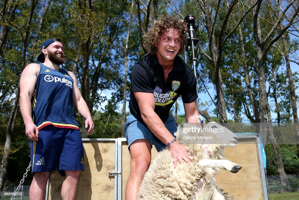 Rugby Stars Liam Coltman And Nick Cummins Go Head To Head In Sheep Shearing Contest