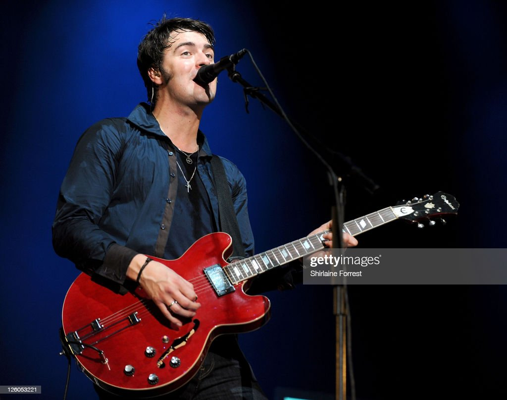 The Courteeners Play Homecoming Show in Manchester