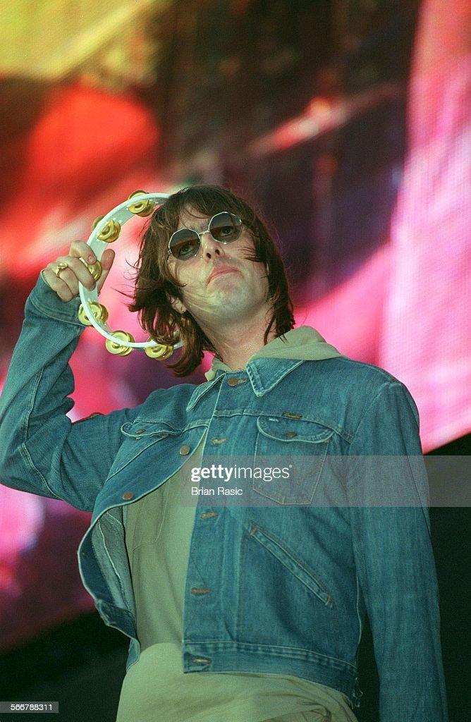 Liam Gallagher / Oasis At Wembley Staduim 21-7-00 : News Photo