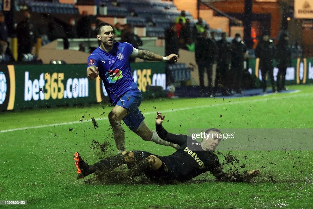 Stockport County v West Ham United - FA Cup Third Round : News Photo