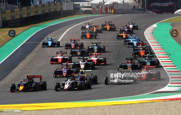 Liam Lawson of New Zealand and Hitech Grand Prix leads Sebastian Fernandez of Spain and ART Grand Prix and the rest of the field at the start during...