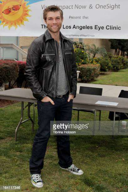 Liam McIntyre attends the Visual Impact Now with Starz 'Spartacus War of the Damned' cast volunteer event at Visual Impact Now Eye Clinic on March 19...