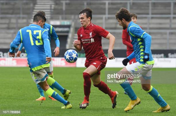 Liam Millar of Liverpool and Francesco Casella of SSC Napoli in action during the UEFA Youth League match between Liverpool and SSC Napoli at...