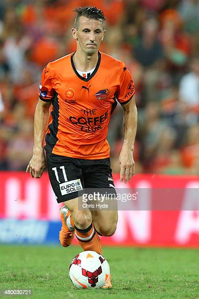 Liam Miller of the Roar kicks the ball during the round 24 ALeague match between Brisbane Roar and Melbourne Victory at Suncorp Stadium on March 22...