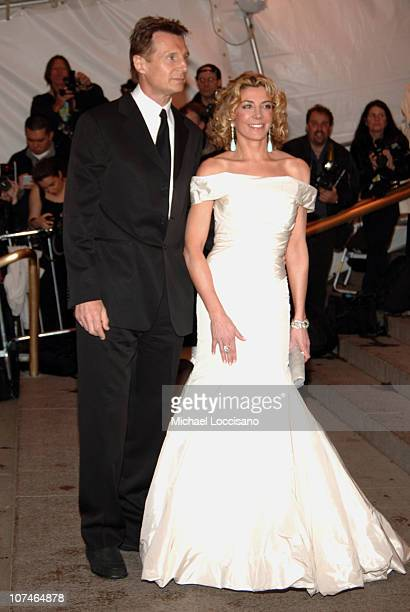"Liam Neeson and Natasha Richardson during ""Chanel"" Costume Institute Gala Opening at the Metropolitan Museum of Art - Arrivals at Metropolitan Museum..."