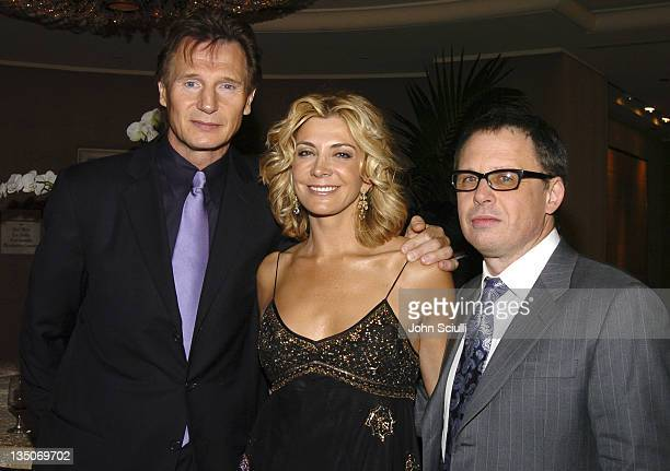 Liam Neeson winner of the Best Actor Award for his role in Kinsey Natasha Richardson and Bill Condon