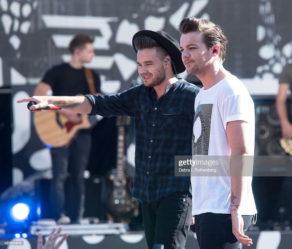 Liam Payne and Louis Tomlinson of One Direction perform live on 'Good MorningAmerica's' Summer Concert Series at Rumsey Playfield, Central Park on August 4, 2015 in New York City.