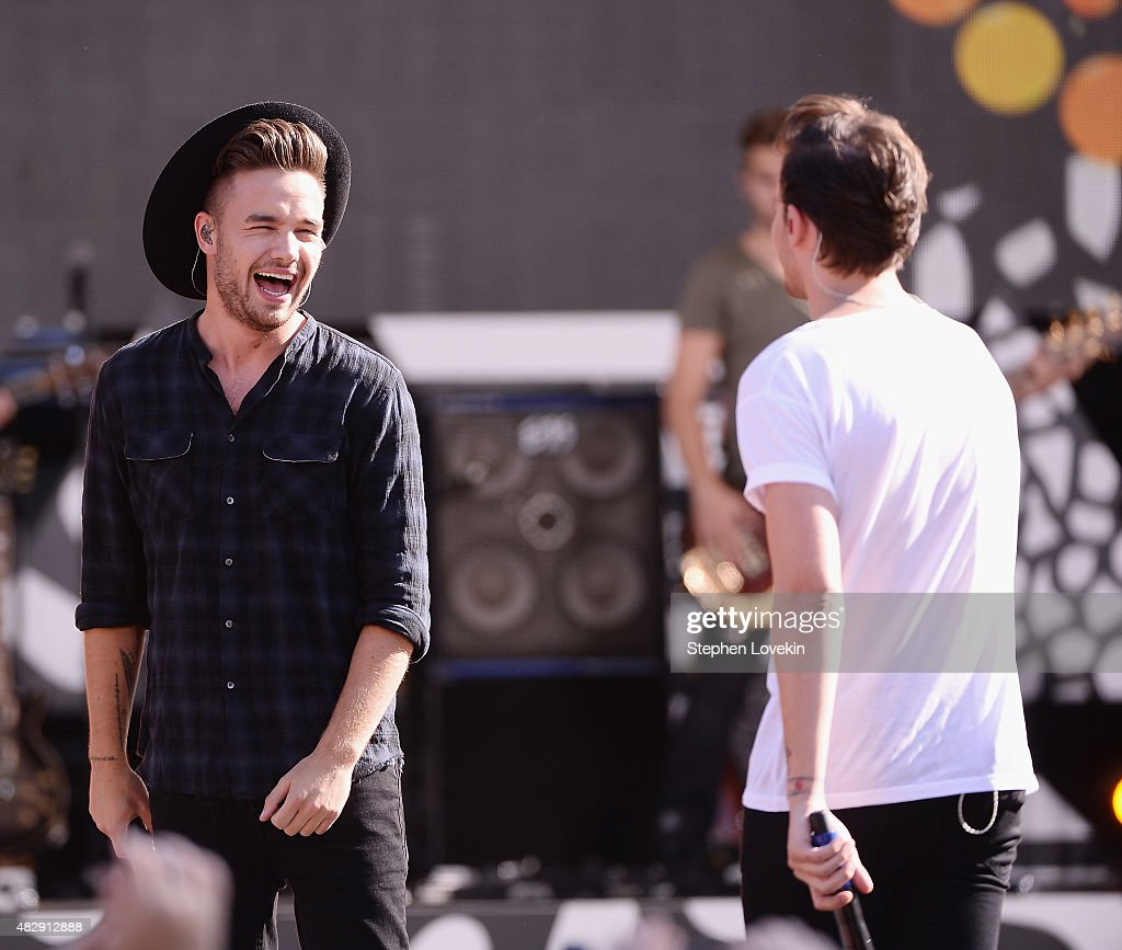 Liam Payne and Louis Tomlinson of One Direction perform on ABC's 'Good Morning America' at Rumsey Playfield, Central Park on August 4, 2015 in New York City.