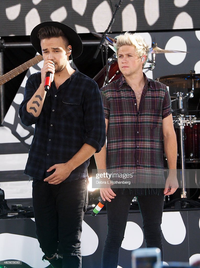 Liam Payne and Niall Horan of One Direction perform live on 'Good MorningAmerica's' Summer Concert Series at Rumsey Playfield, Central Park on August 4, 2015 in New York City.