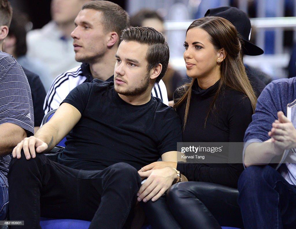 Г¤r Liam Payne dating Sophia Smith 2014Dating M65 jacka