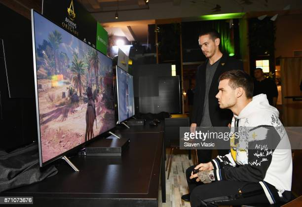 Liam Payne attends as Liam Payne Chloe Grace Moretz Brooklyn Beckham and Caleb McLaughlin Host Xbox One x VIP Event Xbox Live Session on November 6...