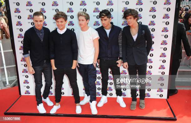 Liam Payne Louis Tomlinson Niall Horan Zayn Malik and Harry Styles of 'One Direction' attend the BBC Radio 1 Teen Awards on October 7 2012 in London...