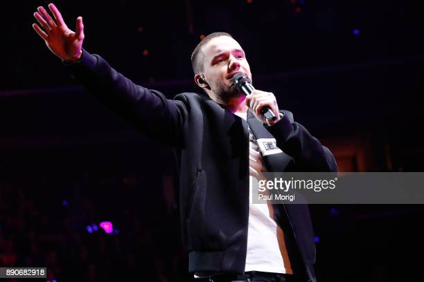 Liam Payne performs at the Hot 995 iHeartRadio Jingle Ball 2017 at Capital One Arena on December 11 2017 in Washington DC