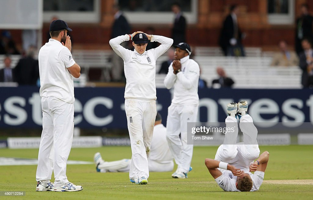 Liam Plunkett, Joe Root, Chris Jordan and Stuart Broad of England look on dejected after failing to take the final wicket during day five of 1st Investec Test match between England and Sri Lanka at Lord's Cricket Ground on June 16, 2014 in London, England.