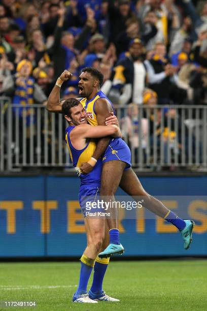 Liam Ryan of the Eagles celebrates a goal with Jack Darling during the AFL 1st Elimination Final match between the West Coast Eagles and the Essendon...