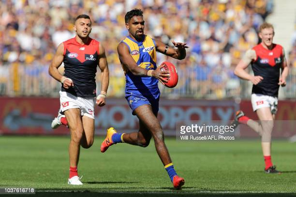 Liam Ryan of the Eagles runs with the ball during the AFL Prelimary Final match between the West Coast Eagles and the Melbourne Demons on September...