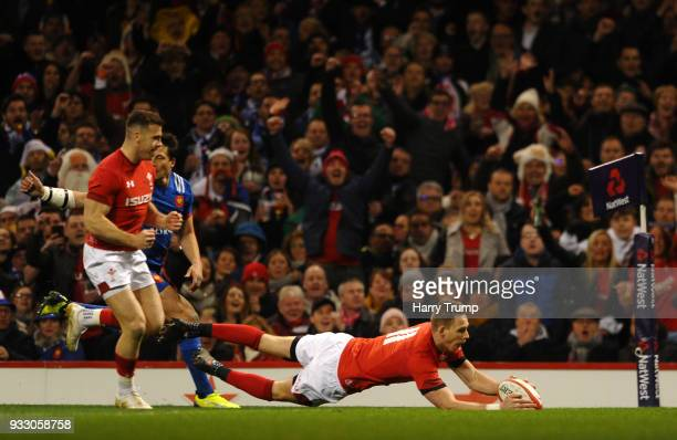 Liam Williams of Wales touches down for the first try during the NatWest Six Nations match between Wales and France at Principality Stadium on March...