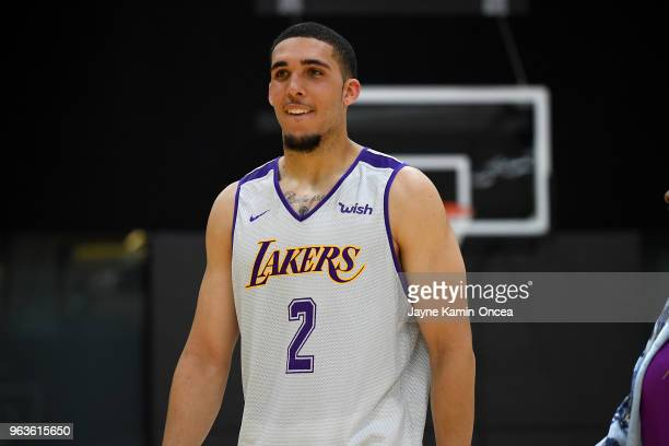 LiAngelo Ball walks on the court during the Los Angeles Lakers 2018 NBA PreDraft Workout on May 29 2018 in Los Angeles California NOTE TO USER User...