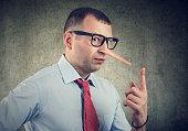 A liar businessman and financial advisor