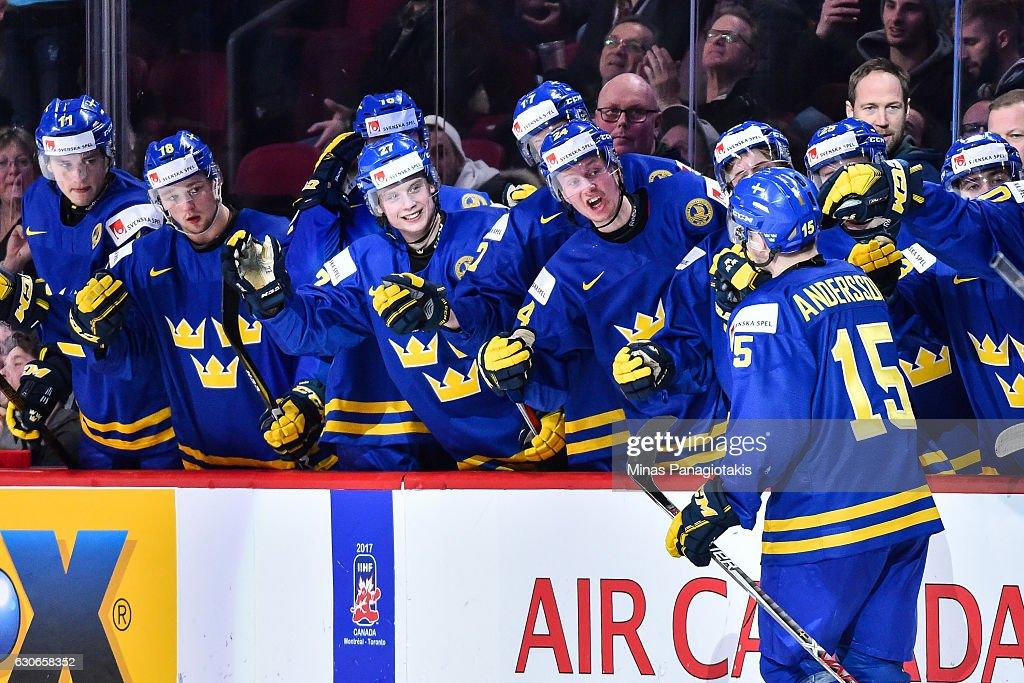 Finland v Sweden - 2017 IIHF World Junior Championship : Nachrichtenfoto