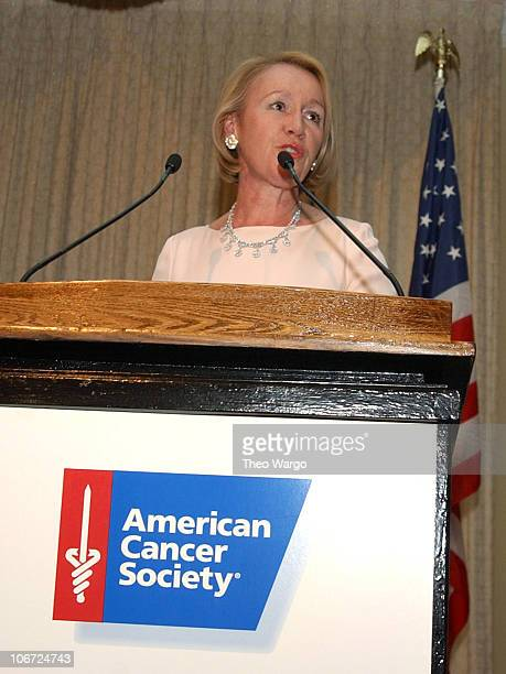 Libby Pataki Receives Humanitarian Award from The American Cancer Society