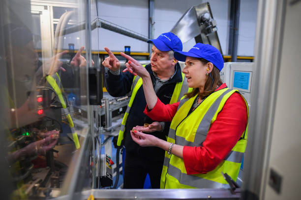 GBR: Jo Swinson Campaigns In Kirkintilloch