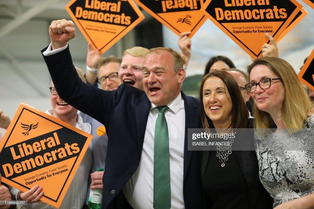 BRITAIN-VOTE-POLITICS-EU : News Photo