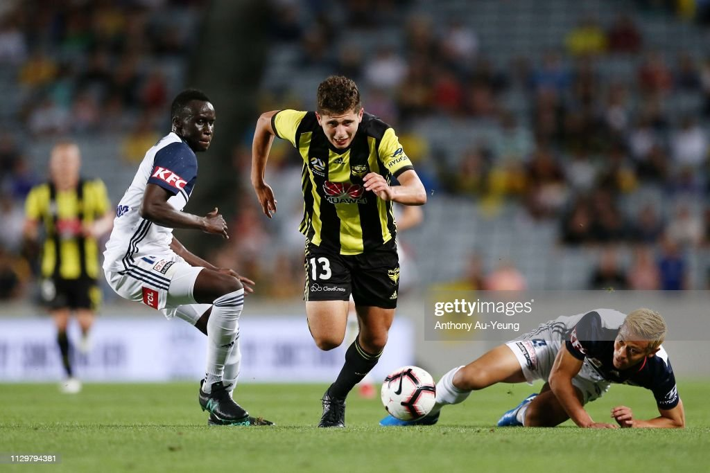 A-League Rd 19 - Wellington v Melbourne Victory : News Photo