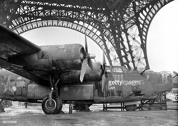 B24 Liberator American bomber Exhibition in the Eiffel Tower Paris August 1945 LAP36613