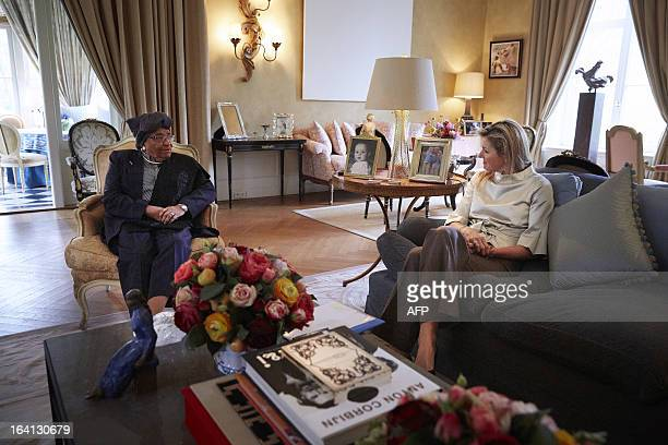 https://media.gettyimages.com/photos/liberian-president-ellen-johnson-sirleaf-meets-with-dutch-princess-picture-id164130679?s=612x612