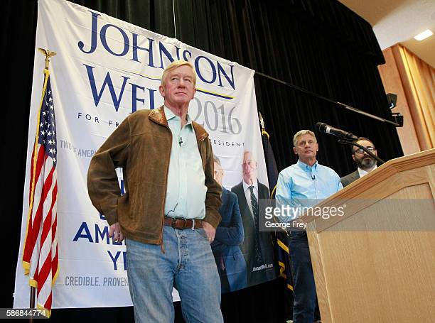 Libertarian presidential candidate Gary Johnson and running mate Bill Weld talk to a crowd of supporters at a rally on August 6 2015 in Salt Lake...