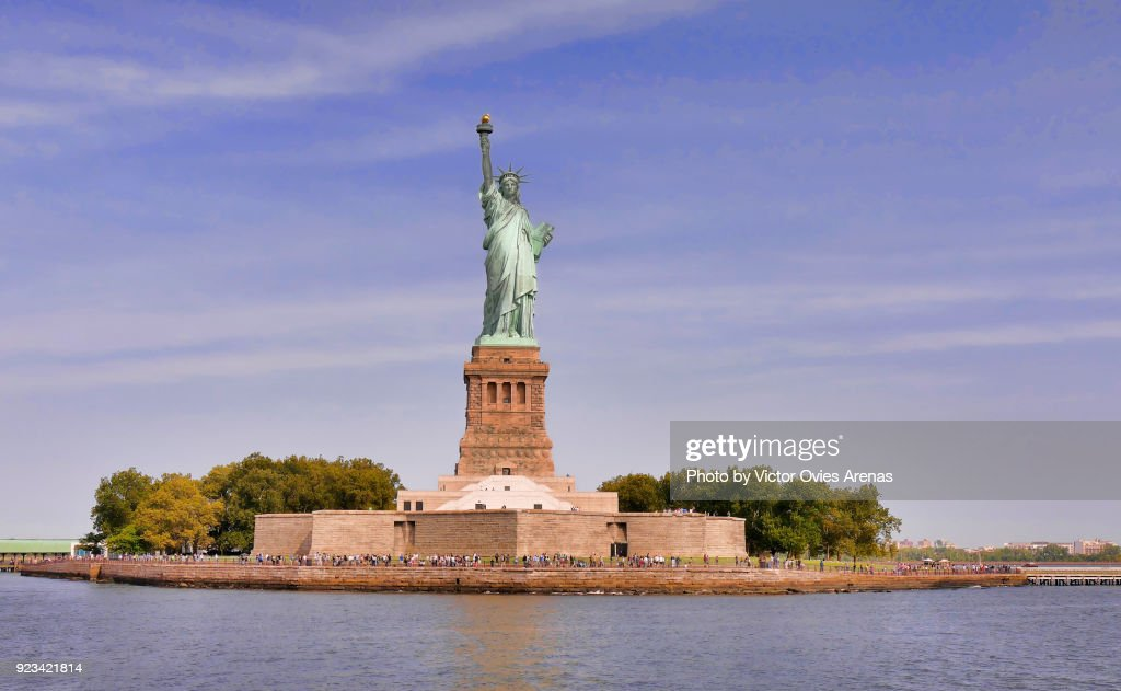 Liberty Island and Statue of Liberty, New York, USA : Foto de stock